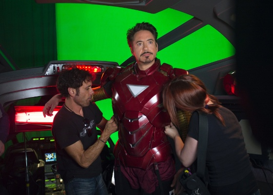 "Robert Downey Jr. no set de filmagens de ""Os Vingadores"""