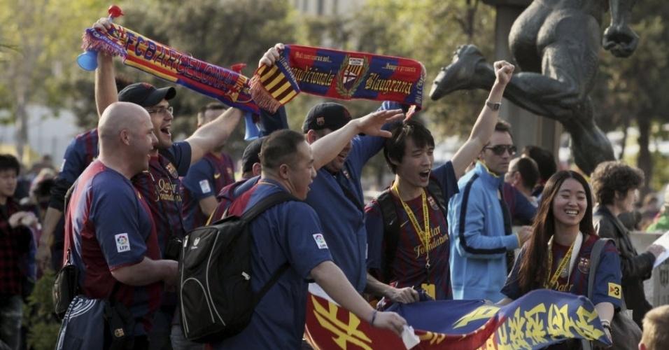 Partida entre Barcelona e Real Madrid atraiu até torcedores chineses para o Camp Nou