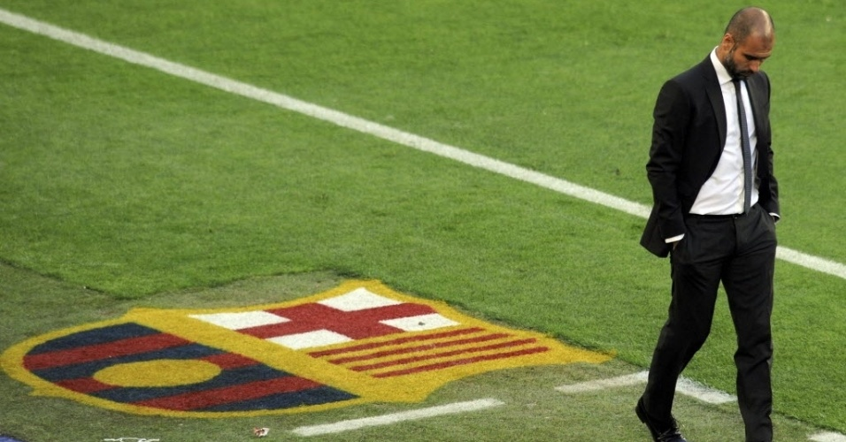 Pep Guardiola, técnico do Barcelona, lamenta o gol de Khedira, aos 16 minutos do primeiro tempo