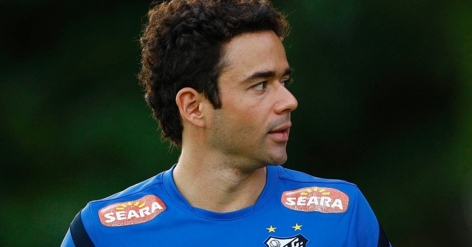 Juan pertence ao São Paulo e está emprestado ao Santos até o final deste ano