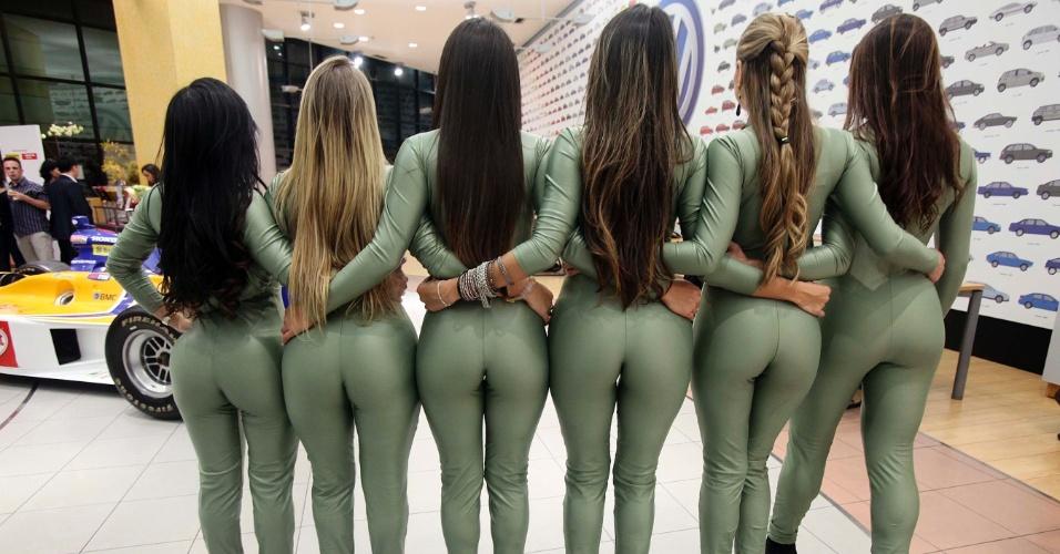 Belas mulheres são candidatas a gata da Fórmula Indy