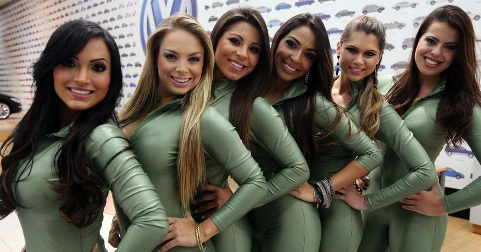 Candidatas a gata da Fórmula Indy exibem sua beleza