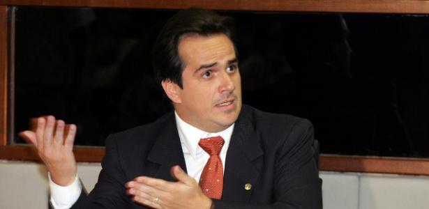 Recordista na utilização de aviões privativos, o senador Ciro Nogueira (PI) já consumiu quase R$ 190 mil até outubro deste ano para fretar aeronaves e adquirir combustíveis de aviação