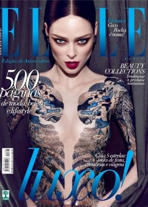 """A capa da """"Elle"""" Brasil de maio de 2012 com a modelo Coco Rocha - Divulgação"""
