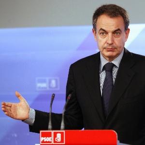 """O ex-primeiro-ministro espanhol José Luis Zapatero expressou """"preocupação com a situação no Brasil"""""""