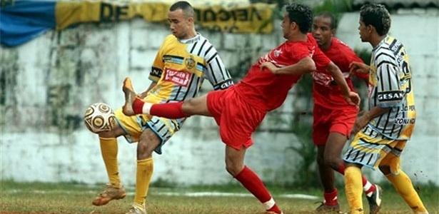 O Vet..Unidos Paulista (amarelo) se classificou em primeiro do grupo N2 e o Jardim Peri (vermelho) em segundo