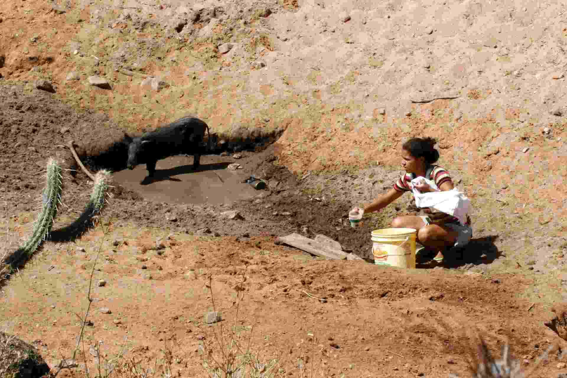 População da zona rural de Caetanos (596 km de Salvador) são castigados com seca - Juscelino Souza/Ag. A Tarde/Futura Press