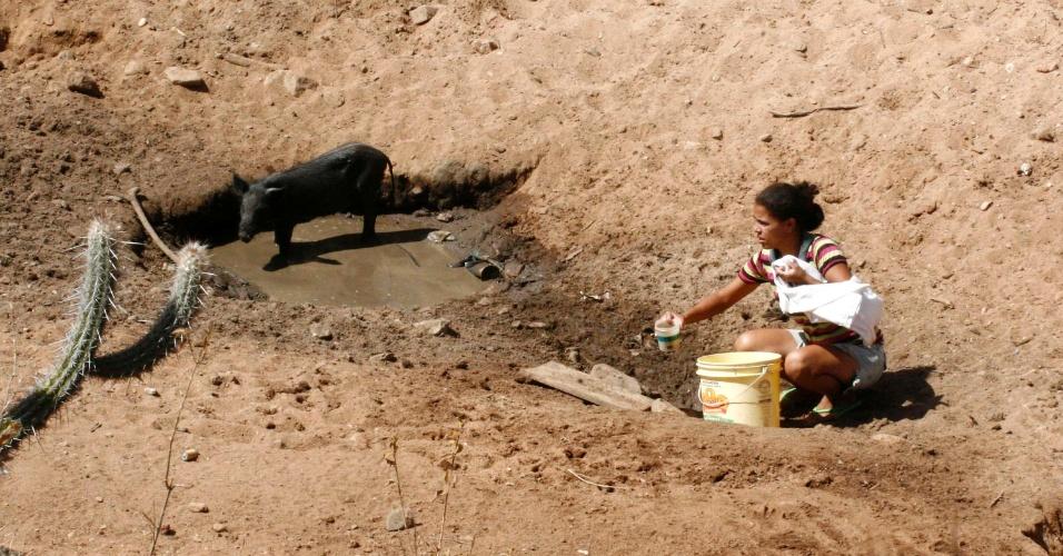 População da zona rural de Caetanos (596 km de Salvador) são castigados com seca