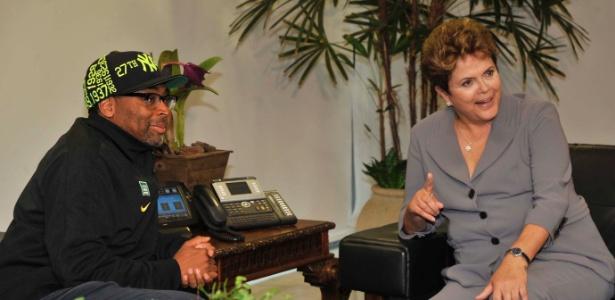 Presidente Dilma Rousseff recebe o cineasta norte-americano. Spike Lee, no Palácio do Planalto - José Cruz/Agência Brasil