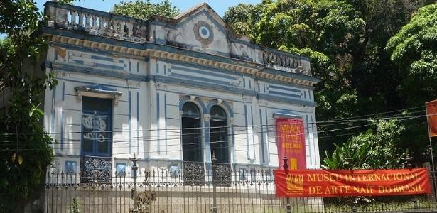 Fachada do Museu Internacional de Arte Naif do Brasil, no Rio de Janeiro (26/4/2012) - CreativeCommons