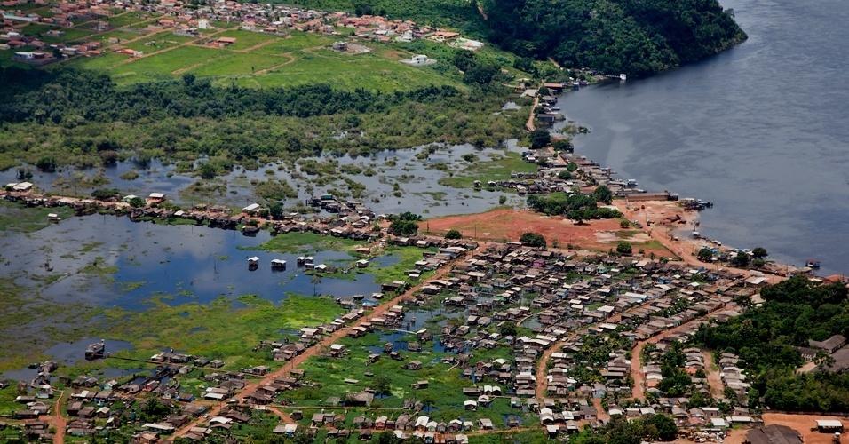 Greenpeace sobrevooa canteiros das obras de Belo Monte -9