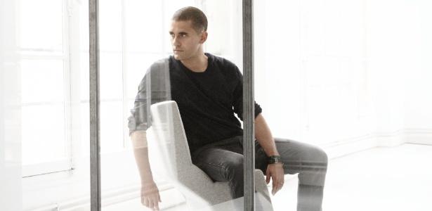 O estilista português Felipe Oliveira Baptista, diretor criativo da Lacoste, esteve em São Paulo para lançar sua primeira coleção para a marca francesa - Divulgação