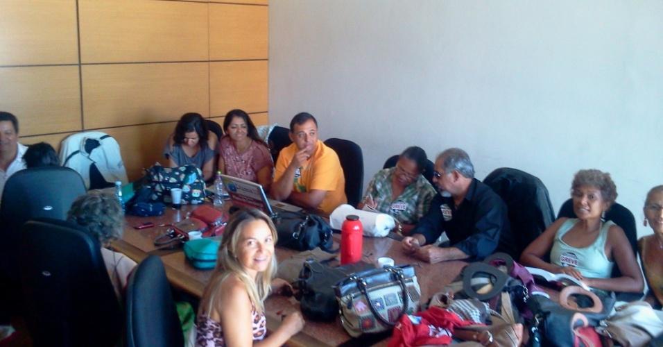 Professores de educação básica do DF na ocupação do prédio da Secretaria de Administração Pública