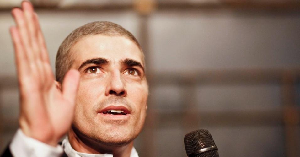 Reynaldo Gianecchini conversa com o público após apresentação da peça
