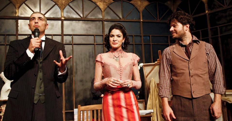 Reynaldo Gianecchini e elenco conversam com o público após apresentação da peça