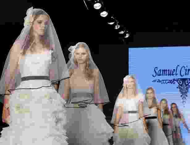 Desfile Samuel Cirnansck no Bride Style 2012 - Aline Arruda/UOL