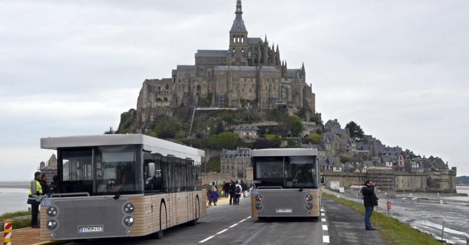 Inaugurados novos ônibus de transporte de turistas para o Mont-Saint-Michel, na França