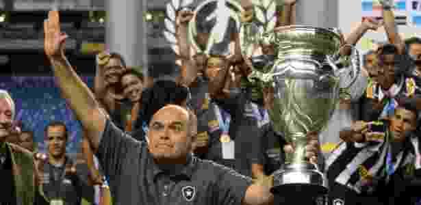 Botafogo, do presidente Maurício Assumpção, é o clube com maior dívida do Brasil - Júlio César Guimarães/UOL
