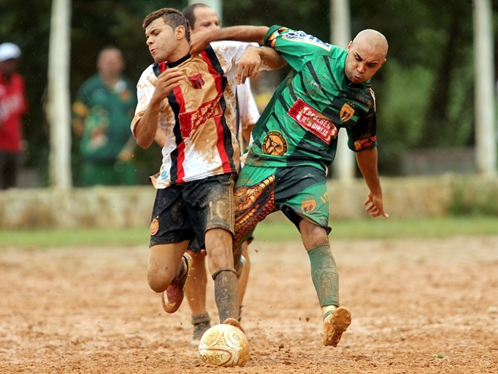 O Jardim Elba levou a melhor sobre o Jaú e venceu por 1 a 0