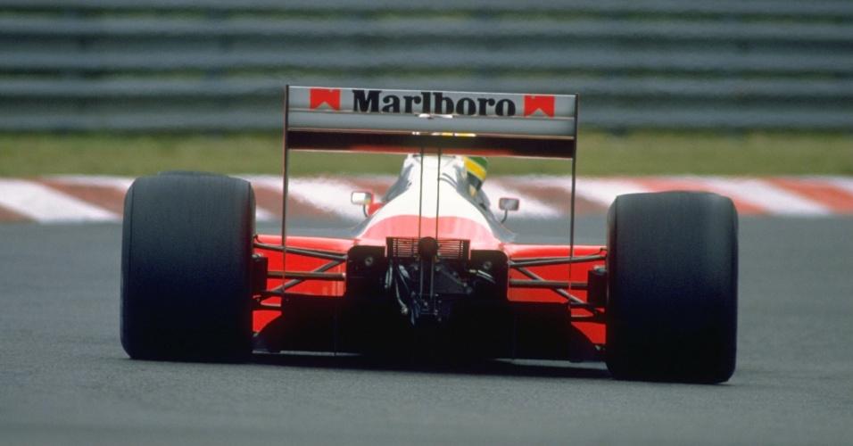 GP do Japão de 1988: Carro de Senna apagou na largada e ele precisou fazer corrida de recuperação para vencer e conquistar seu primeiro título