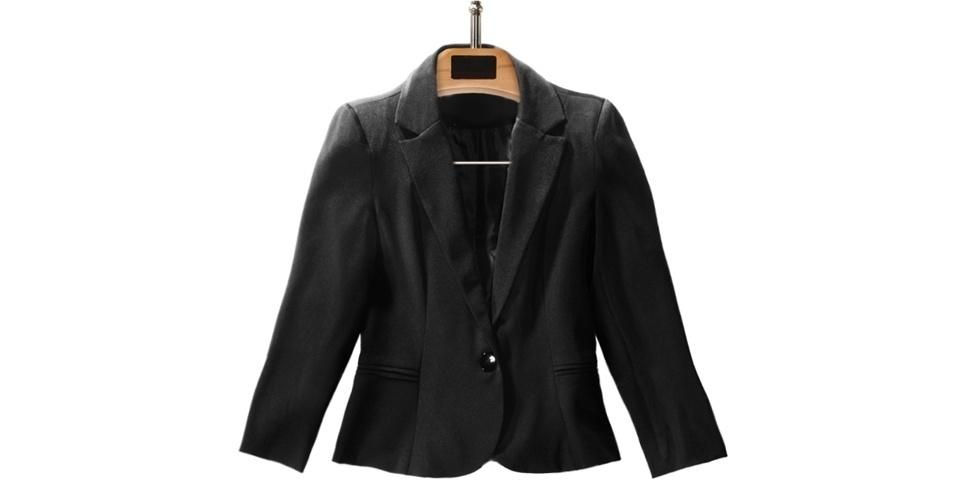 Blazer preto; R$ 79,90, da C&A