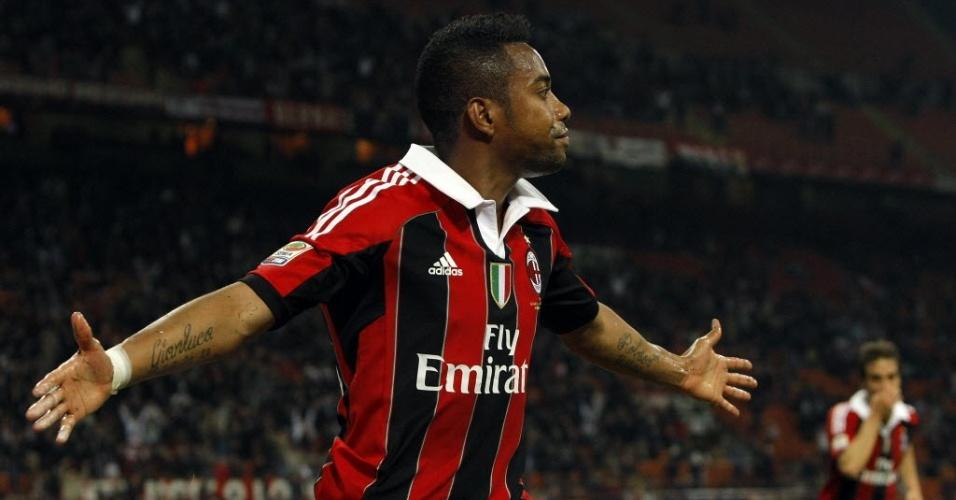 Robinho marcou o segundo gol do Milan na vitória por 2 a 0 sobre a Atalanta