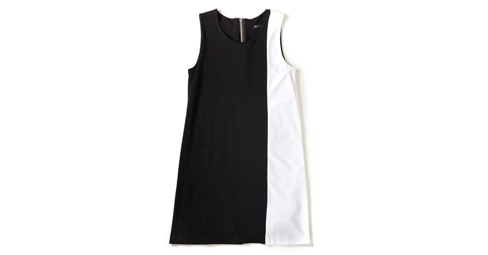 Vestido preto e branco; R$ 199, na Toli