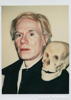 Autorretrato em polaroide do artista Andy Warhol - Divulgação