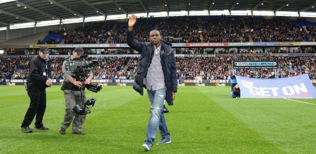 Fabrice Muamba se aposentou em 2012, aos 24 anos. Agora, faz curso de treinador