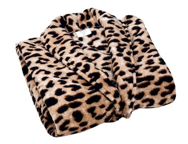 Na Zelo (www.zelo.com.br) por R$ 69, o roupão de banho Safari é feito de microfibra (100% poliéster), tem toque macio e mangas longas