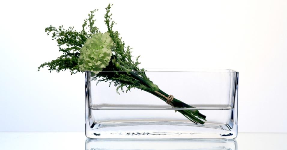 O vaso Ice, em vidro e 10 cm de altura, está à venda na Blue Gardenia (www.bluegardenia.com.br) por R$ 73
