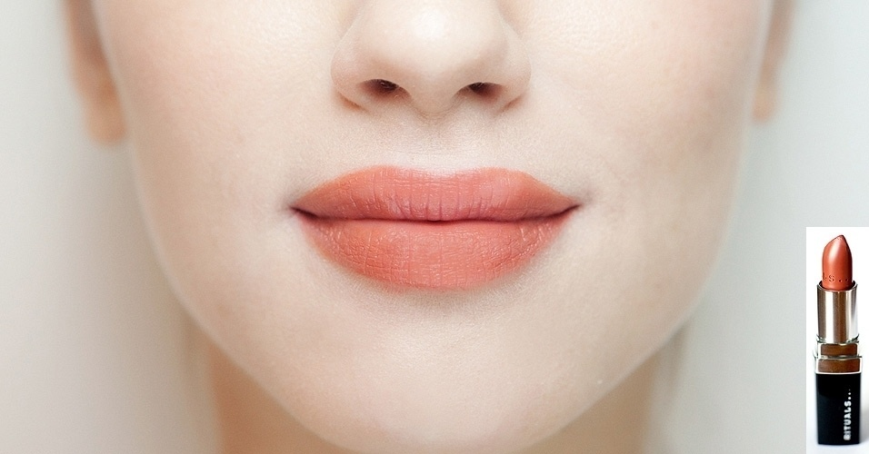 (Rituals) Ruby Lips ? Cream & Care Lipstick Cor: Sheer, R$ 69,90, SAC(11) 3060-8622