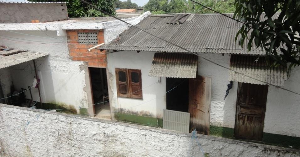 4.mai.2012 - Depósito escondido no alojamento dos funcionários de uma exportadora de pescado de Belém, no Pará, onde o Ibama encontrou 7,7 toneladas de barbatanas de tubarão. O material ilegal seriam exportado para China