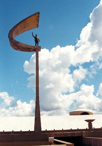 4.mai.2012 - Memorial JK, inaugurado em 1981 e projetado pelo arquiteto Oscar Niemeyer em 1980, em Brasília