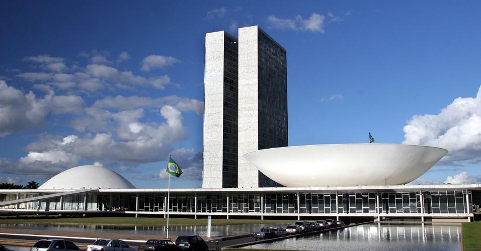 4.mai.2012 - Niemeyer projetou o Congresso nacional em 1958, durante a construção de Brasília