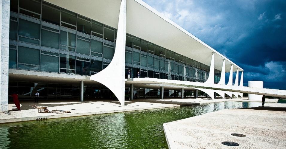 4.mai.2012 - O Palácio do Planalto é a sede da Presidência da República projetada por Niemeyer durante a construção de Brasília