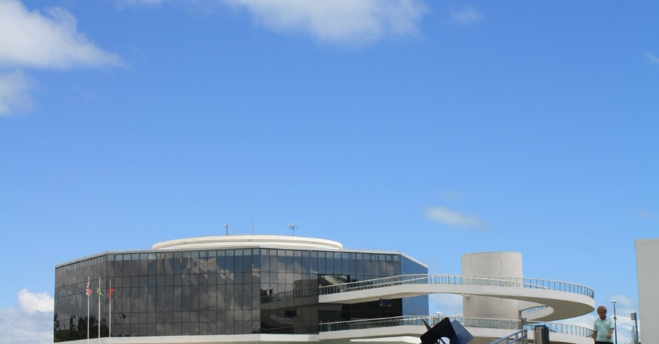 4.mai.2012 - Prédio da Estação Ciência, em João Pessoa (PB), que foi projetado pelo arquiteto Oscar Niemeyer na famosa ponta leste do Brasil