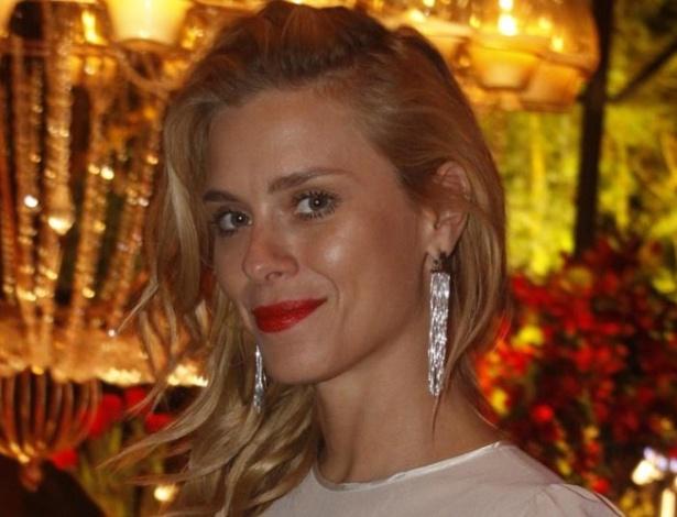 Como parte da investigação sobre vazamento de fotos íntimas, Carolina Dieckmann prestará depoimento em Delegacia de Repressão aos Crimes de Informática, no Rio de Janeiro