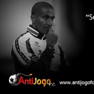 Corneta FC: Cristovão confessa ser Dedépendente