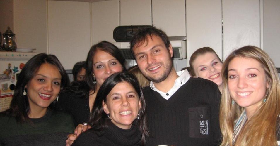 Danyella Colares fez mestrado em Artes de la Comunicación Audiovisual e em Producción en Televisón y Cine na Universidade San Pablo CEU, em Madri
