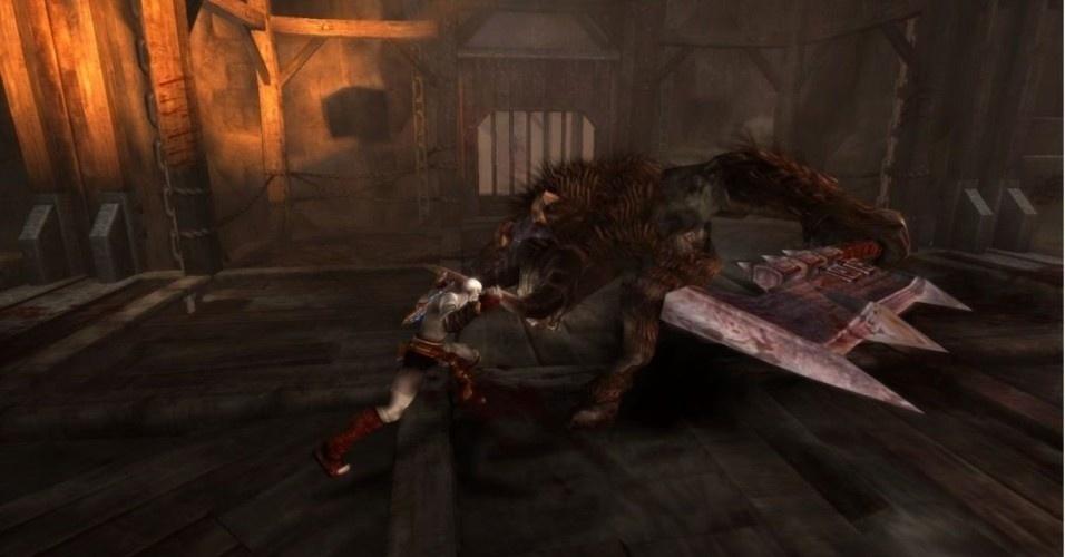 """Em Esparta, o matador de deuses enfrenta bestas feras como o minotauro, criatura meio homem meio touro que aparece em todos os games de """"God of War"""""""