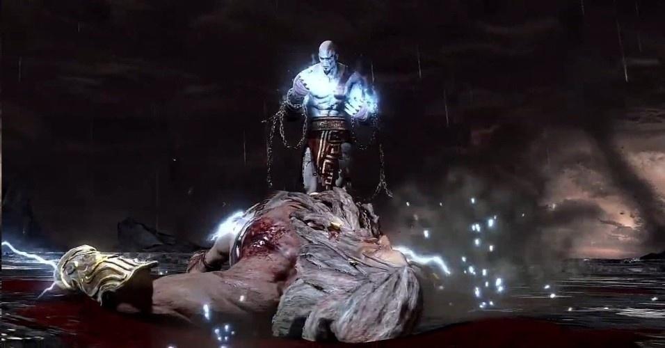 Kratos e Zeus se enfrentam várias vezes, mas, com a ajuda de Pandora, consegue finalmente derrotar o soberano do Olimpo. A história assim se repete: o filho supera o pai, como Zeus havia feito com Cronos