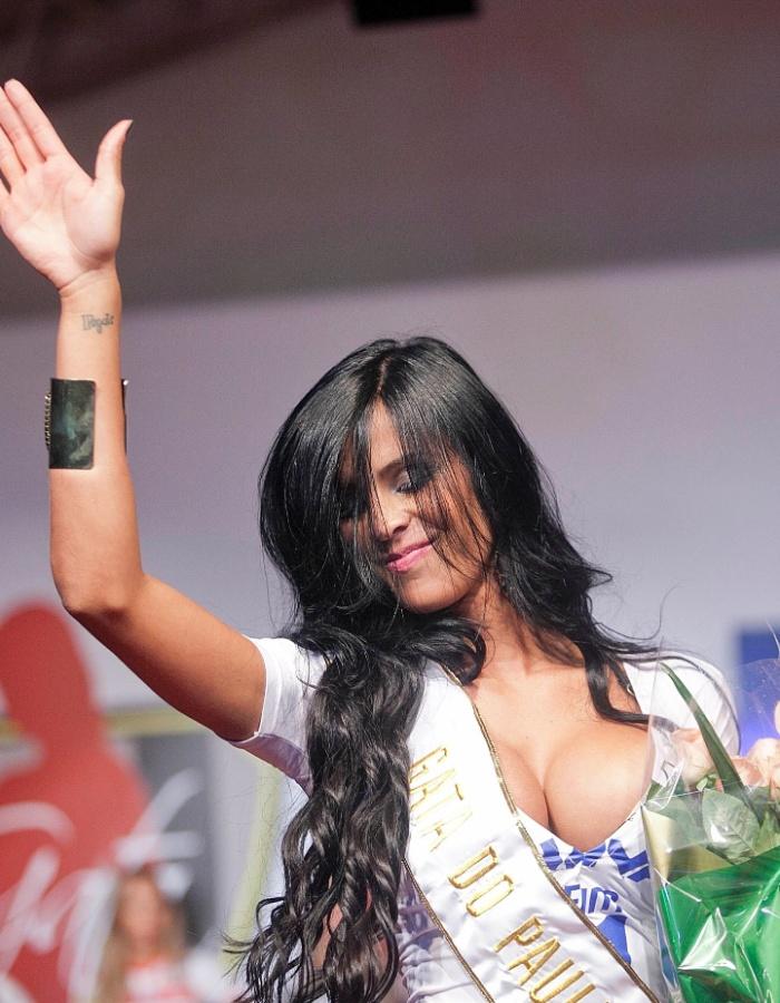Lorena Bueri, gata do Bragantino, foi a grande campeã do concurso Gata do Paulistão 2012