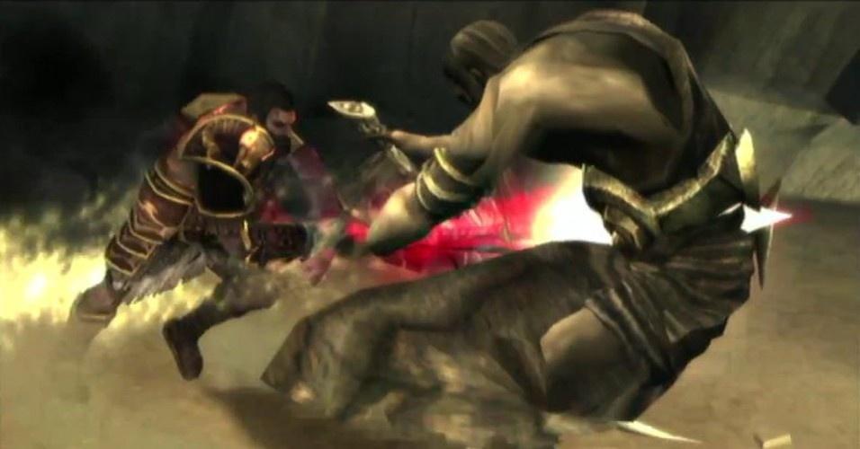 Mas, no fim, os irmãos juntam forças para enfrentar a divindade sombria. Tânatos consegue matar Deimos, mas é destruído por Kratos. A sede de vingança do espartano fica ainda maior