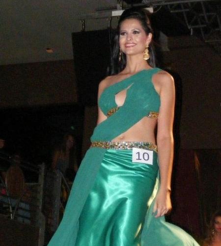 6.mai.2012 - A Miss Tangará da Serra, Daniele Trubian, ficou em segundo lugar no concurso