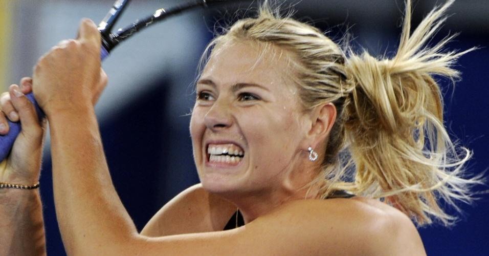A tenista russa Maria Sharapova derrotou a tcheca Klara Zakopalova por 2 sets a 0 e avançou no torneio em Madri