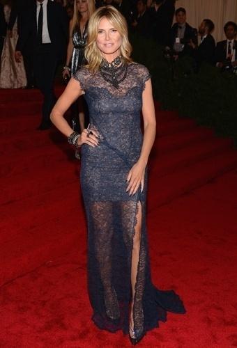 Heidi Klum no baile de gala do MET 2012 (07/05/20120