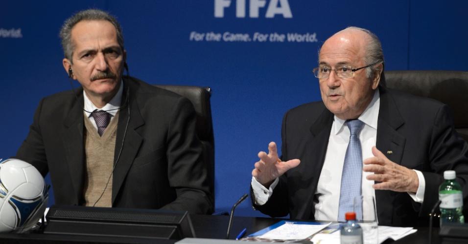 Ministro do Esporte, Aldo Rebelo participou de entrevista coletiva ao lado do presidente da Fifa, Jérôme Valcke