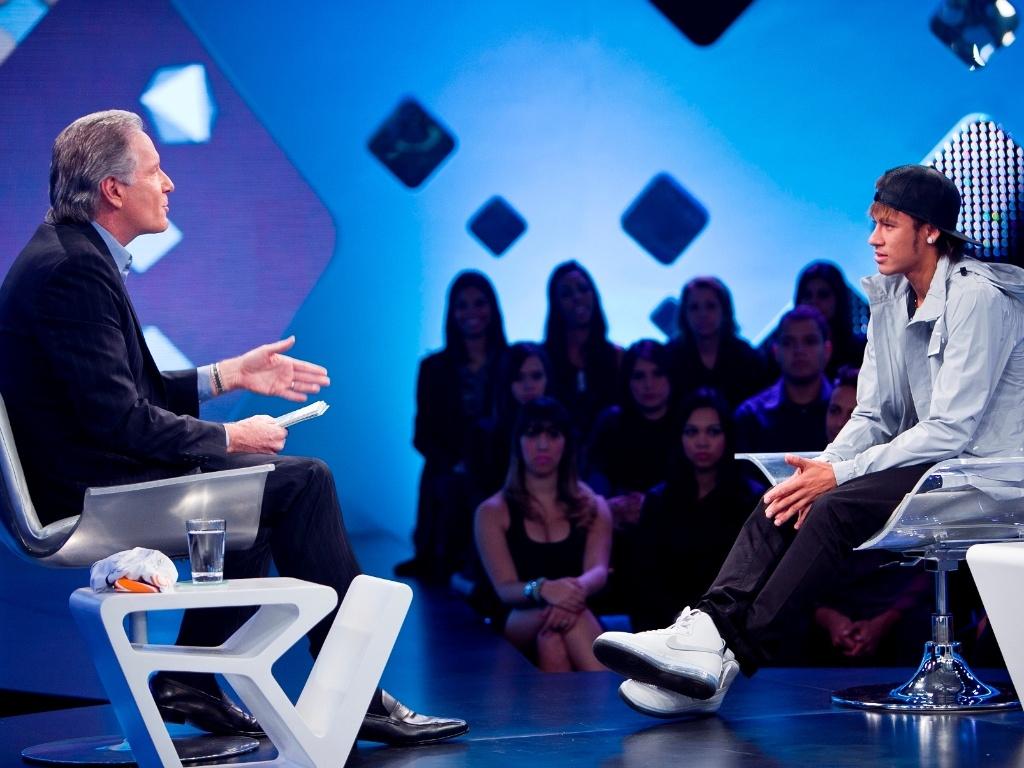Neymar é entrevistado por Justus em programa da Record