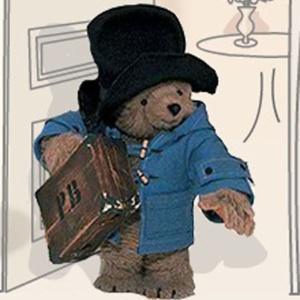 O personagem Urso Paddington, criado pelo escritor Michael Bond, em 1958